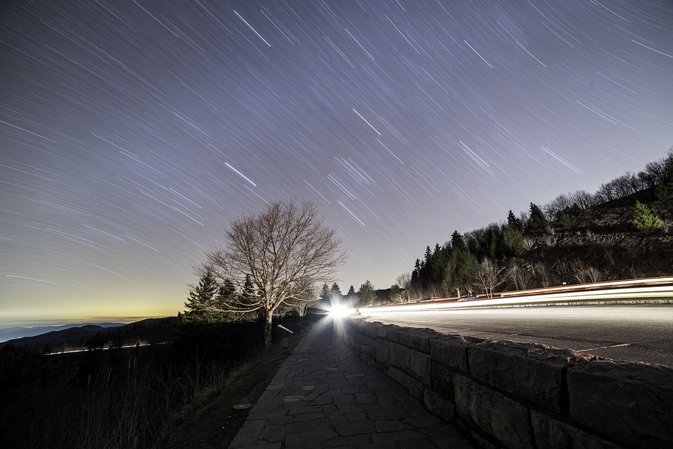 How To Photograph Star Trails ‫‬