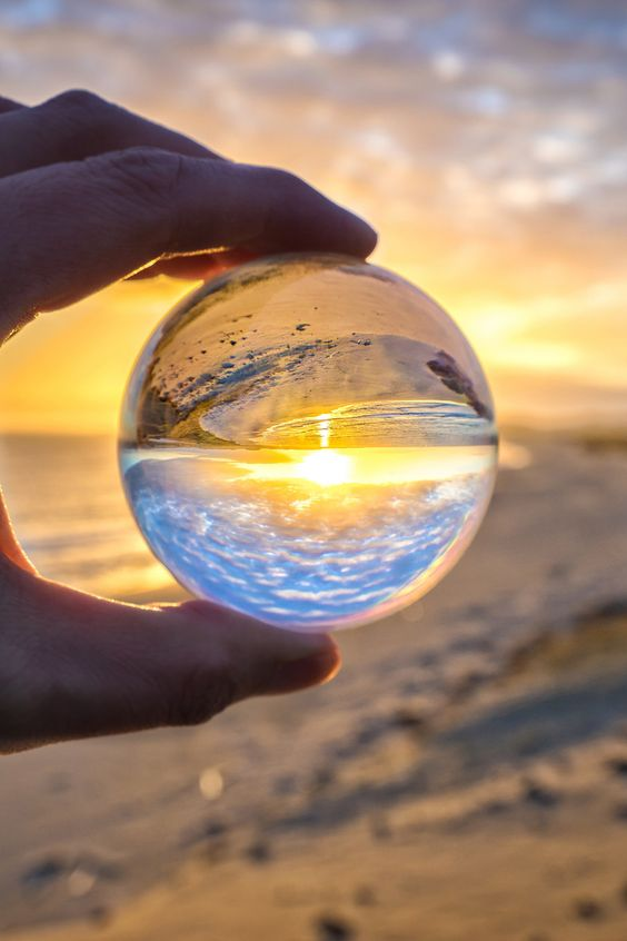 Tips for Doing Crystal Ball Refraction Photography